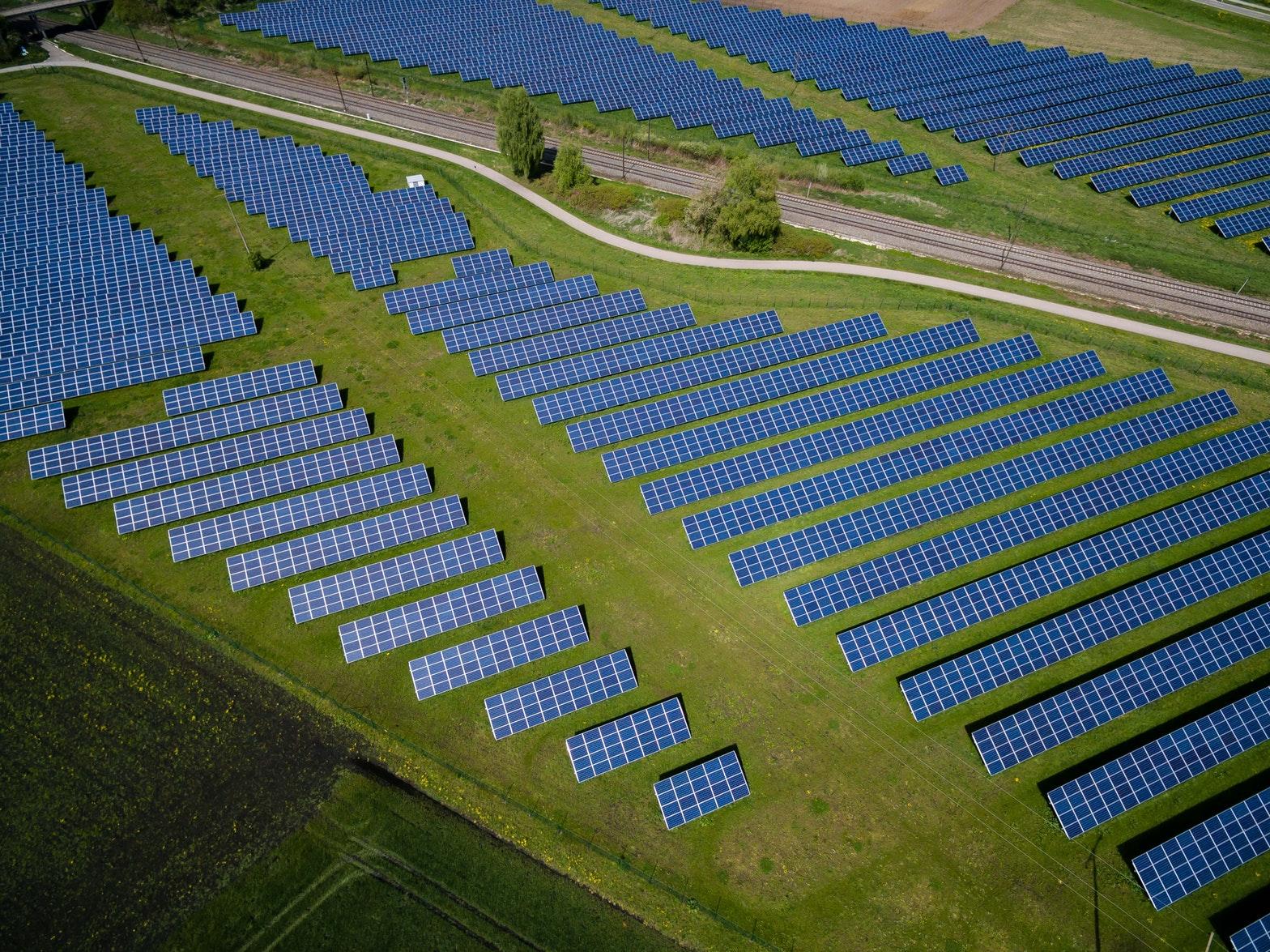 Die Energiewende in Deutschland- Erneuerbare Energien, Solar- und Windenergien